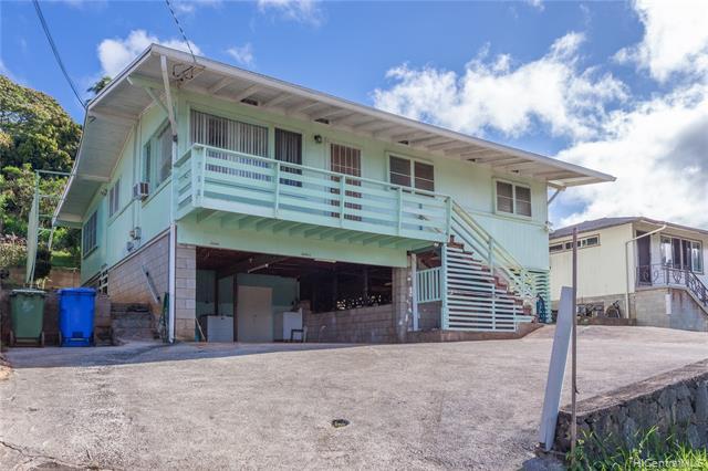 99-658A Kaulainahee Place, Aiea HI 96701