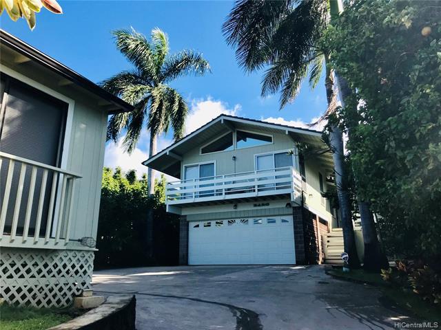 2420 Halelea Place, Honolulu HI 96822