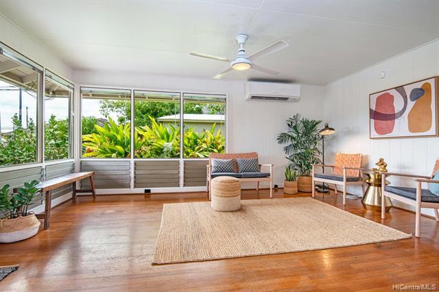 3844 Noeau Street, Honolulu HI 96816
