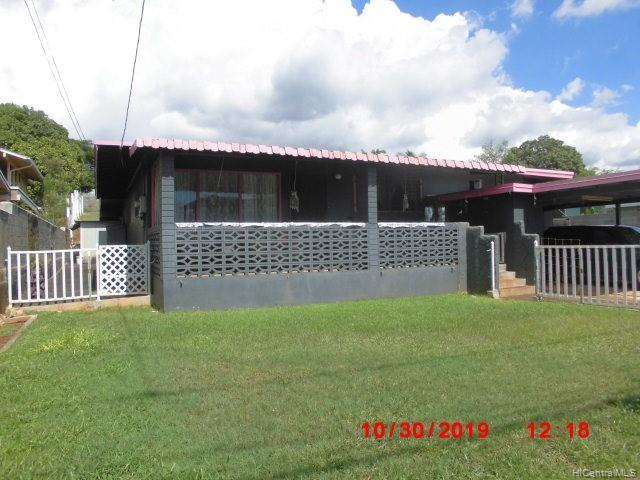 94-1076 Lumi Street, Waipahu HI 96797