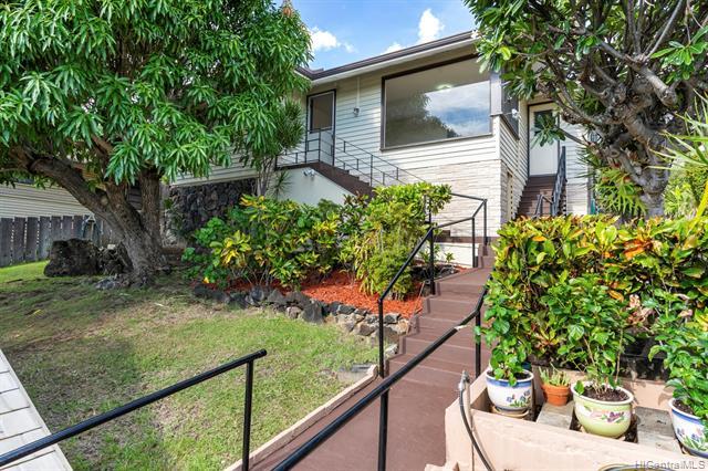 1533 St Louis Drive, Honolulu HI 96816