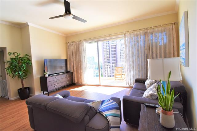 469 Ena Road Unit 2103, Honolulu HI 96815