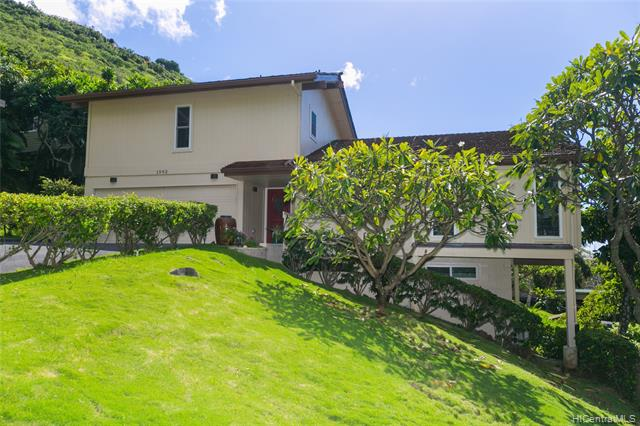 1592 Kalaniuka Circle Unit 94, Honolulu HI 96821