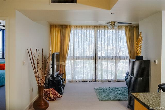 600 Queen Street Unit 710, Honolulu HI 96813