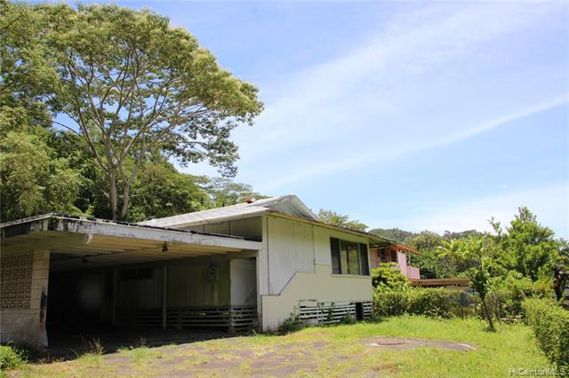 2709 Waiomao Road, Honolulu HI 96816