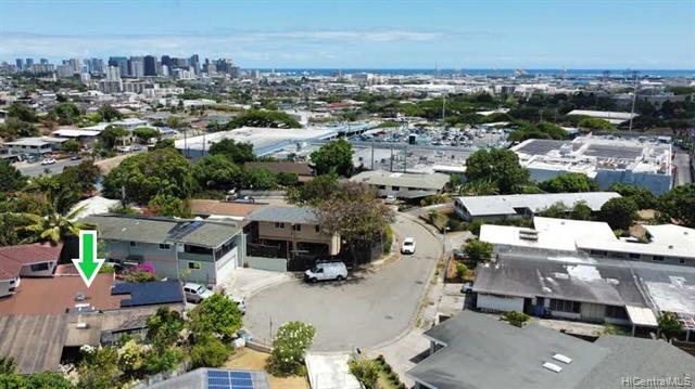 1853A Makuahine Place, Honolulu HI 96817