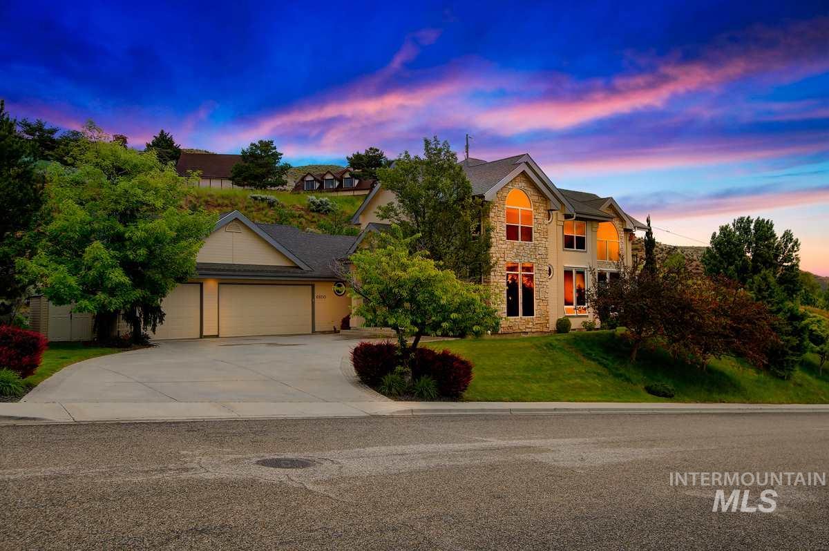 6600 N Hillsboro Pl., Boise ID 83703