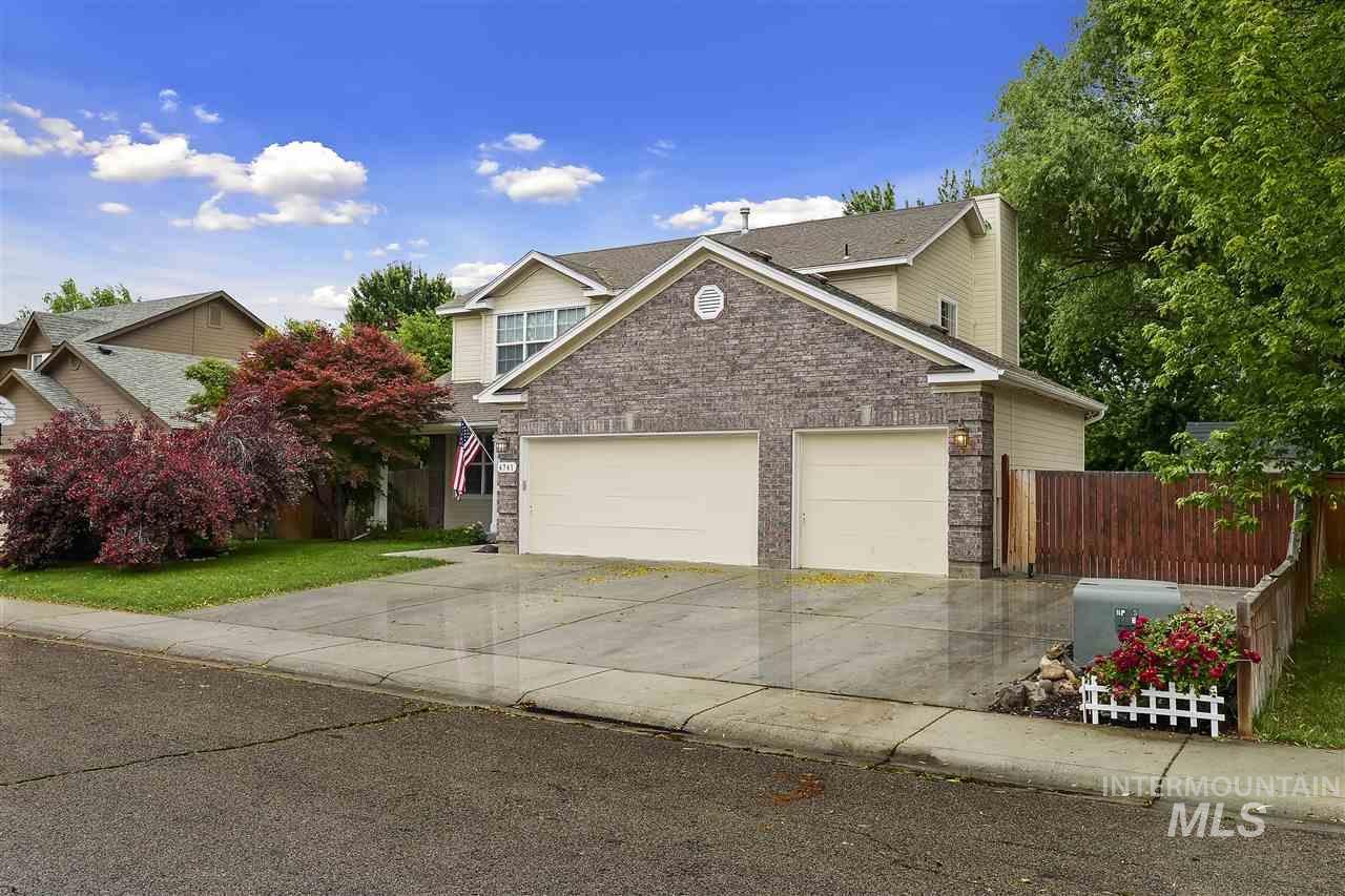 4741 N Porsche Way, Boise ID 83713