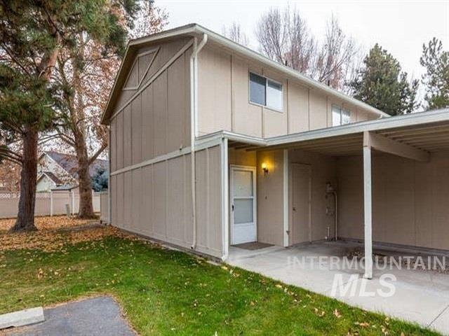 245 N Eagle Glen Lane, Eagle ID 83616