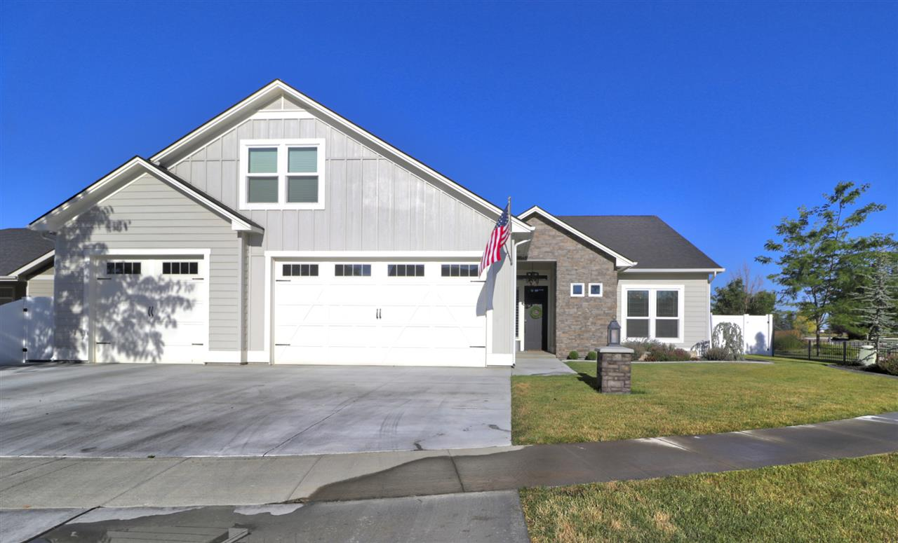 905 S Spring Valley, Nampa ID 83686