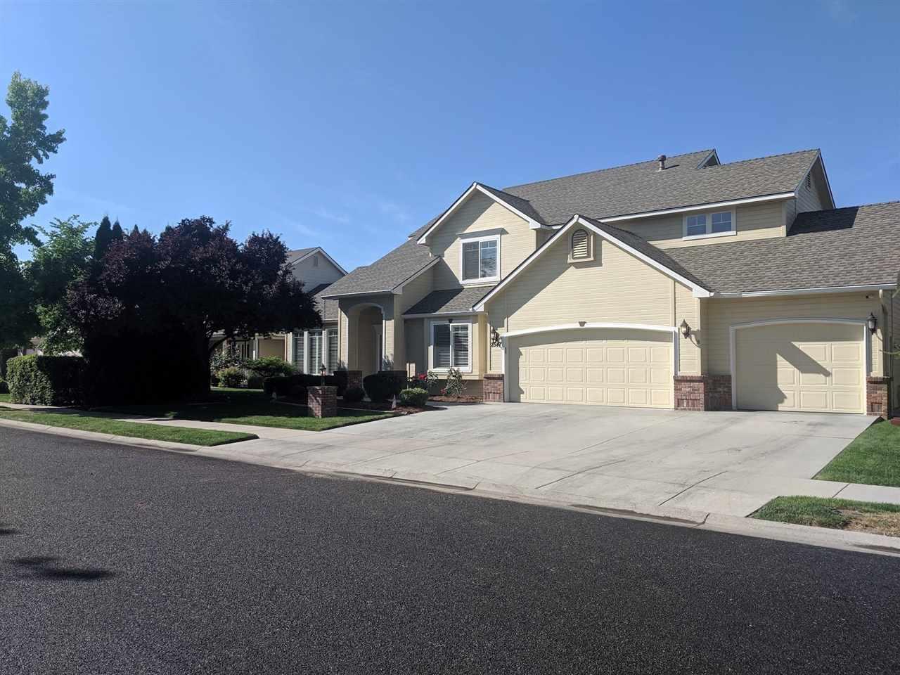 2547 N Crooked Creek Way, Meridian ID 83646