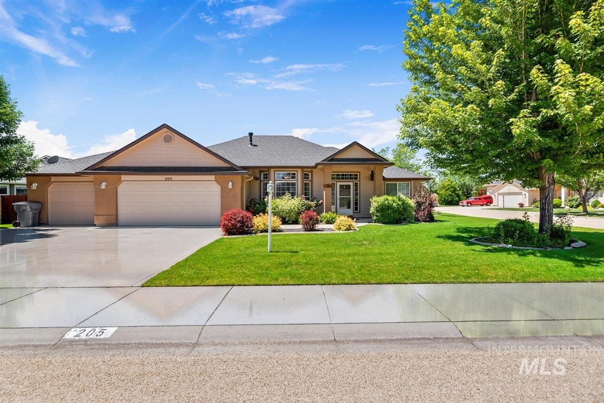 205 S LANCASTER, Nampa ID 83686