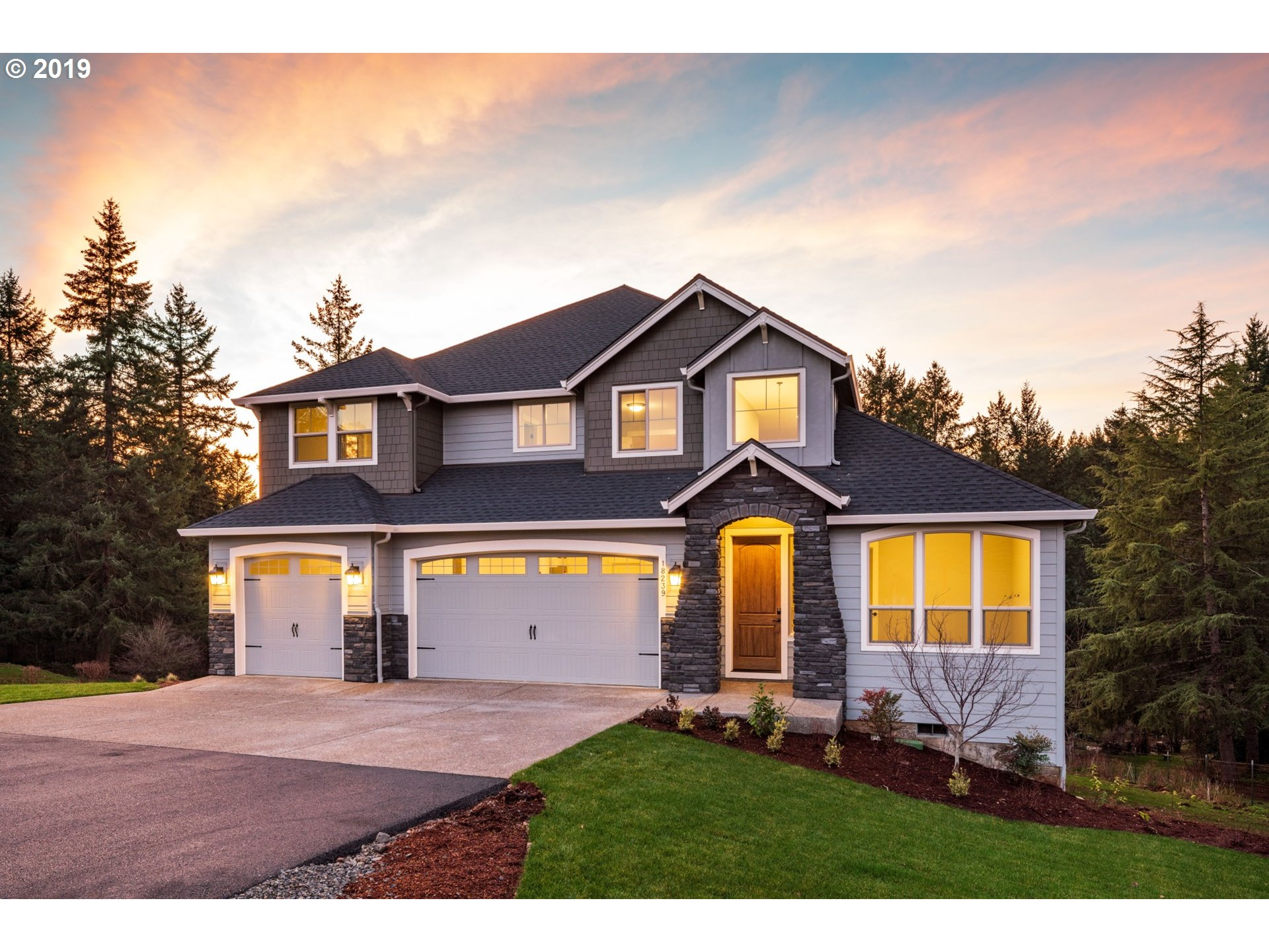 18239 S GRASLE RD, Oregon City OR 97045