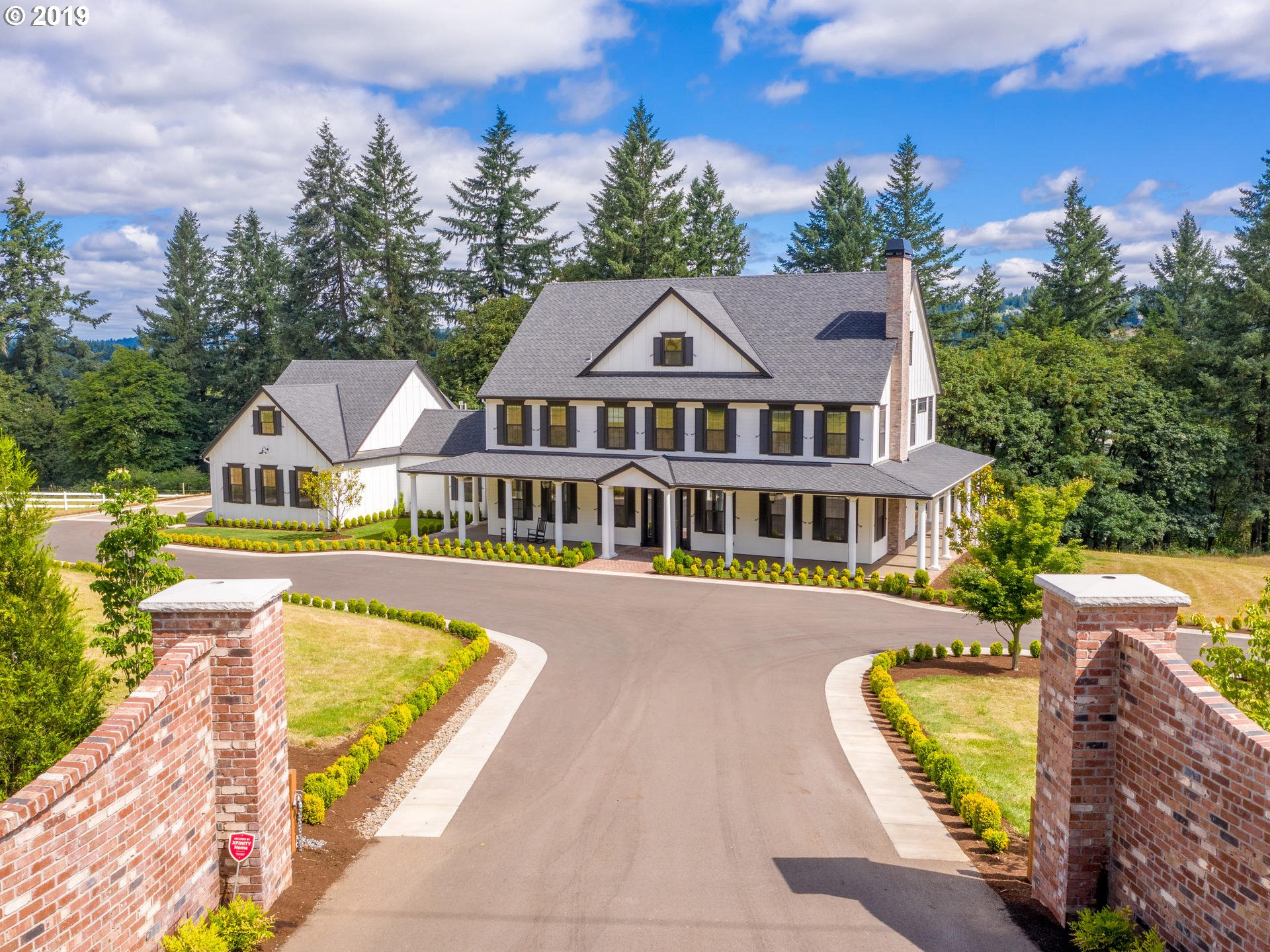 25125 SW PETES MOUNTAIN RD, West Linn OR 97068