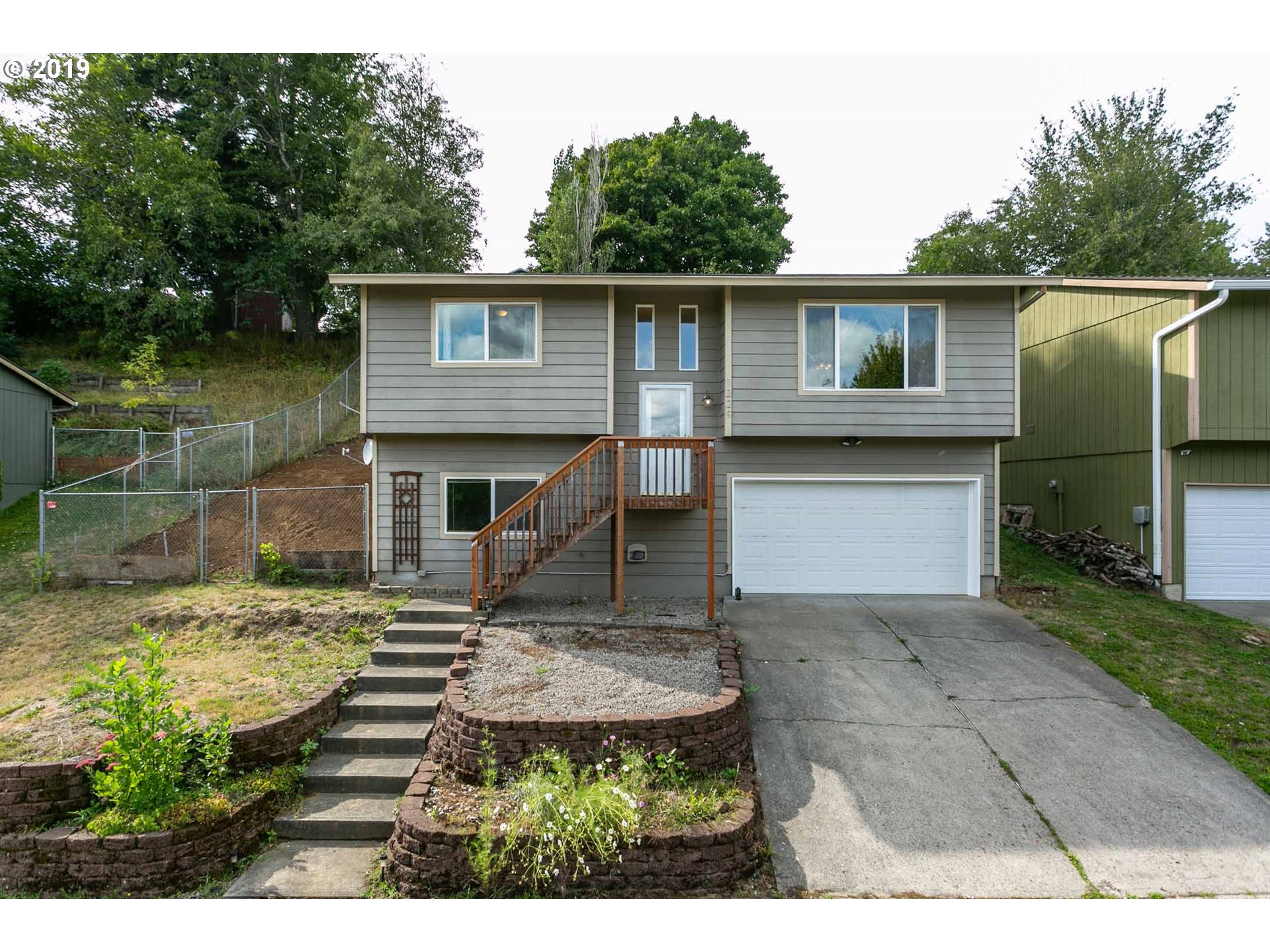 1229 SE CHAPMAN AVE, Troutdale OR 97060