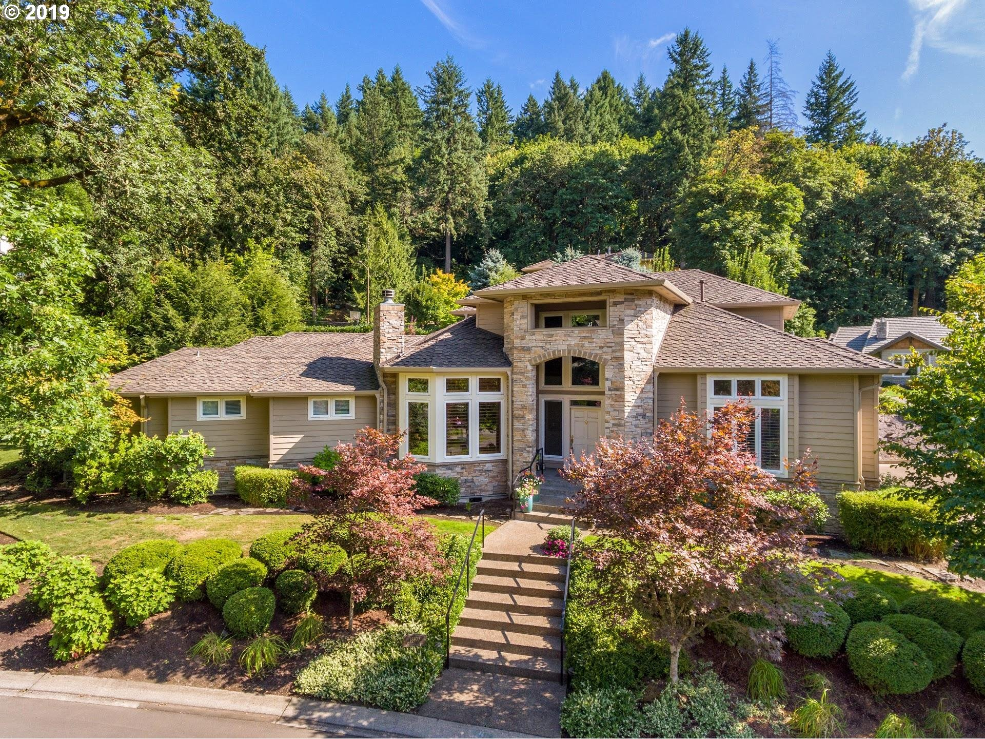 18803 RIVEN DELL CT, Lake Oswego OR 97034