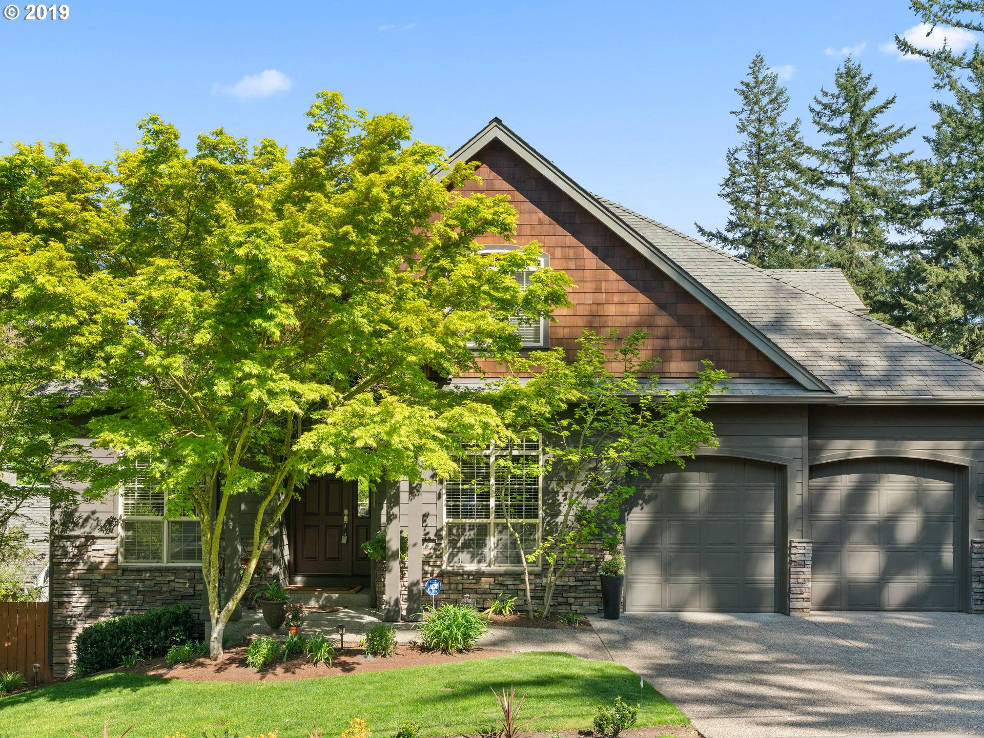 8102 SW 61ST AVE, Portland OR 97219