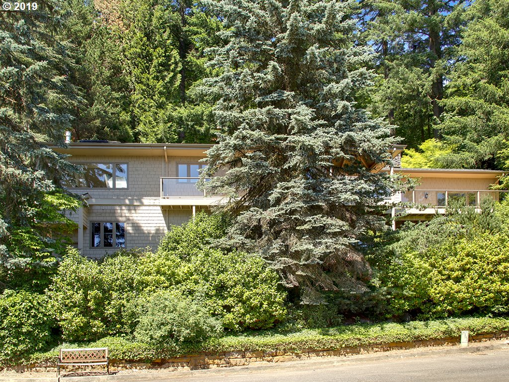 3320 SW 44TH AVE, Portland OR 97221