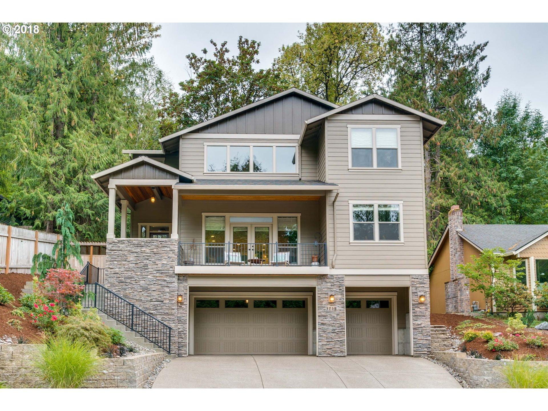 3738 SW CULLEN BLVD, Portland OR 97221