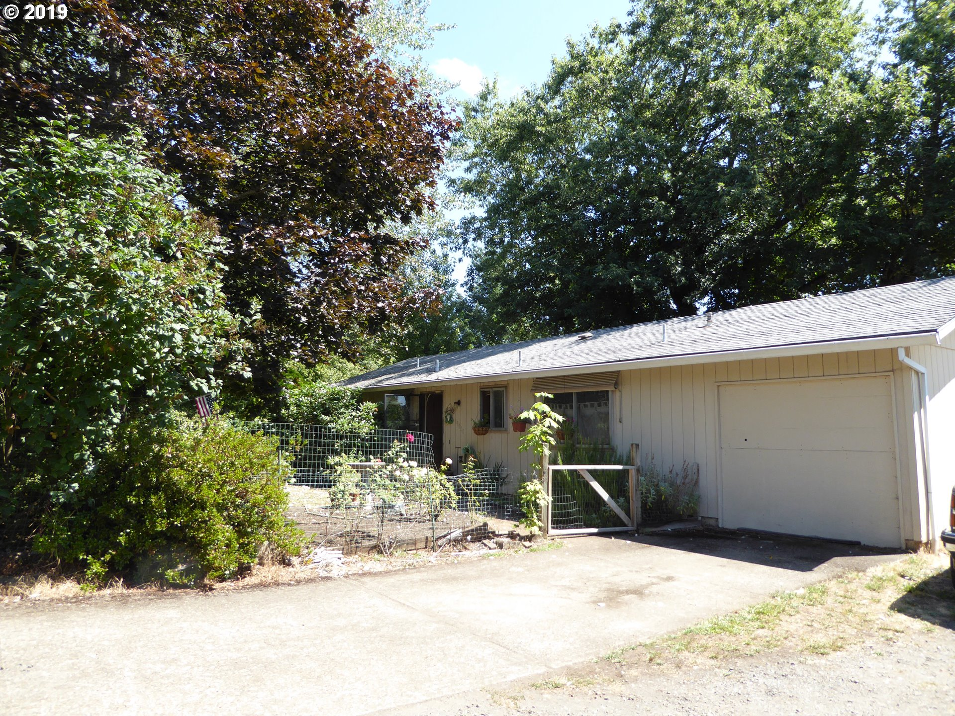 19800 JESSIE AVE, Oregon City OR 97045