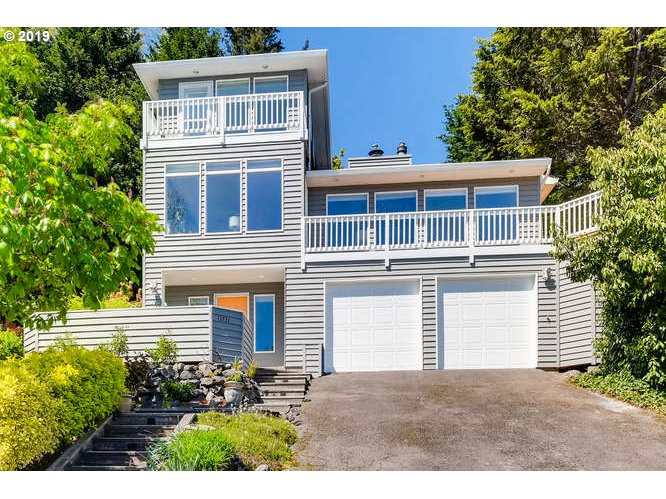 11731 SW 41ST AVE, Portland OR 97219