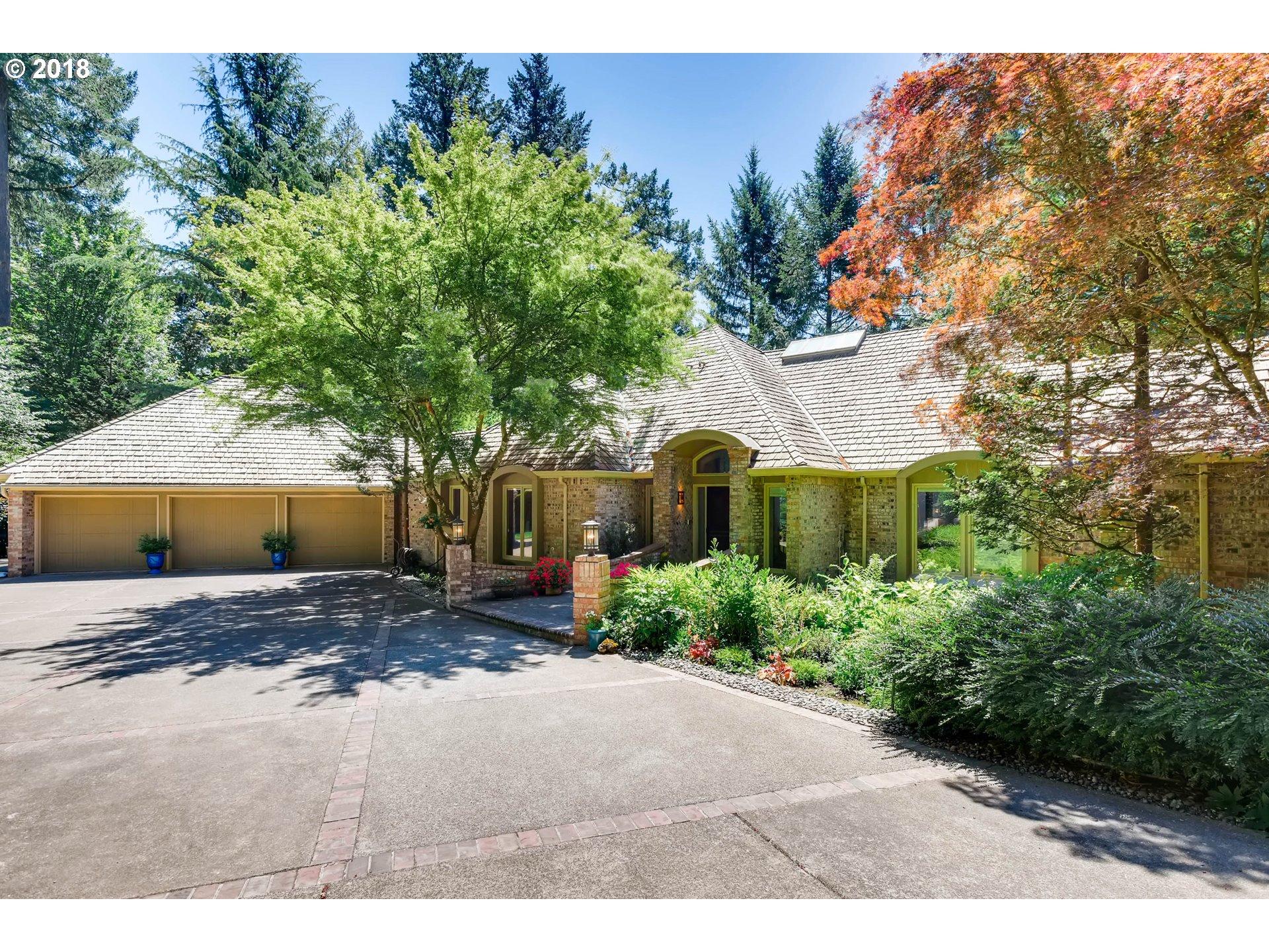 01730 SW CORBETT HILL CIR, Portland OR 97219