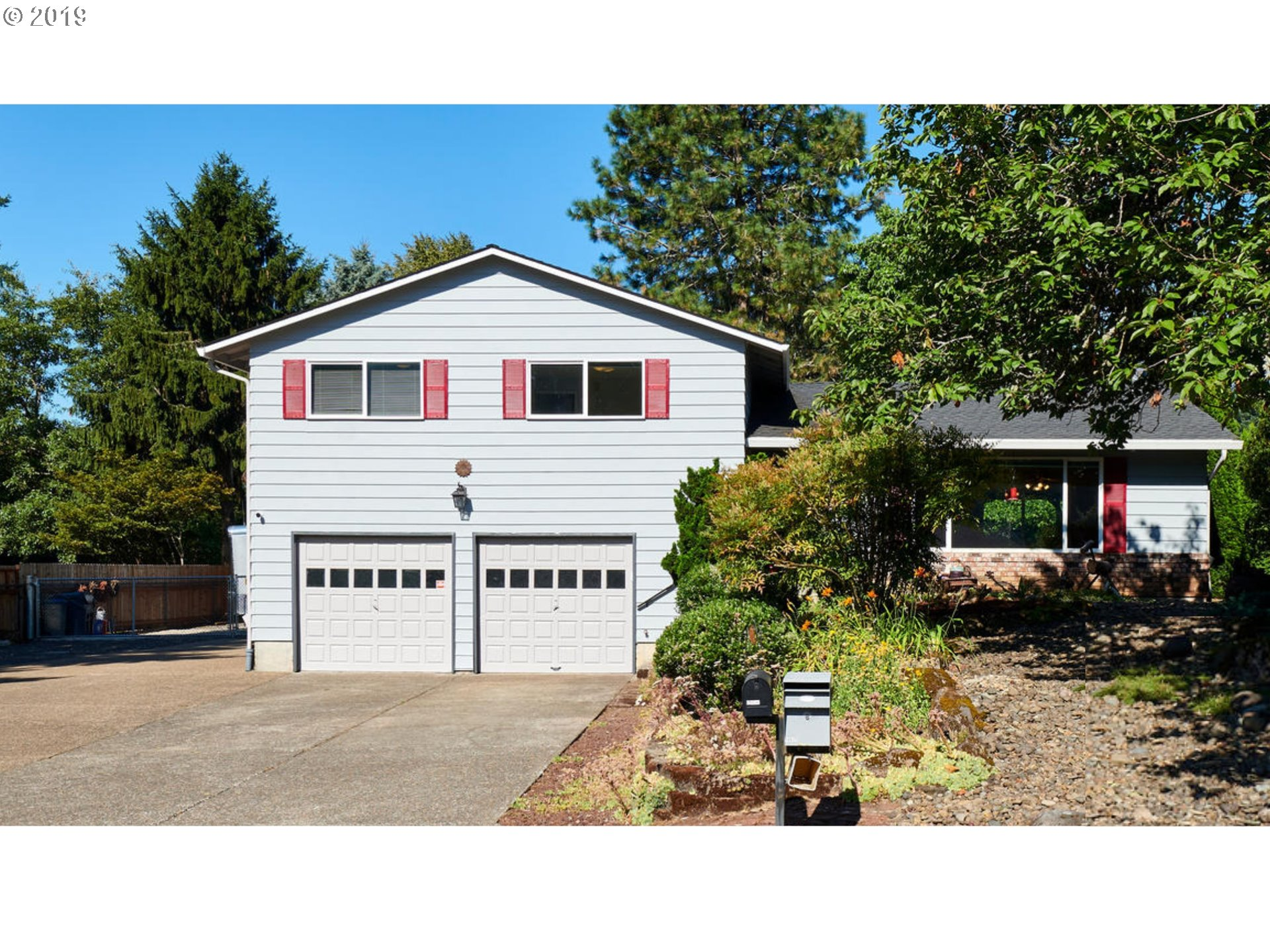 16625 S PAM DR, Oregon City OR 97045