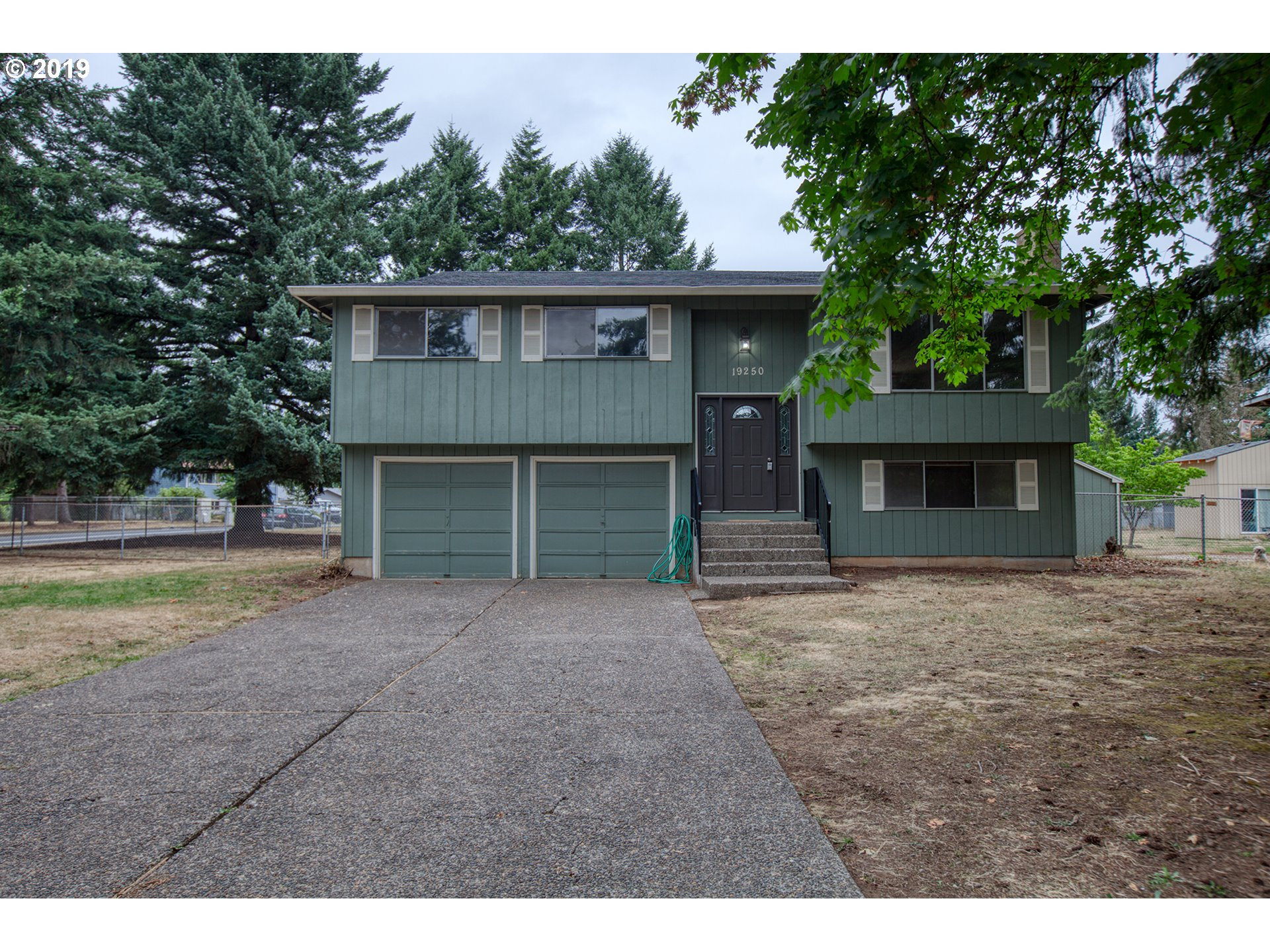 19250 MEYERS RD, Oregon City OR 97045