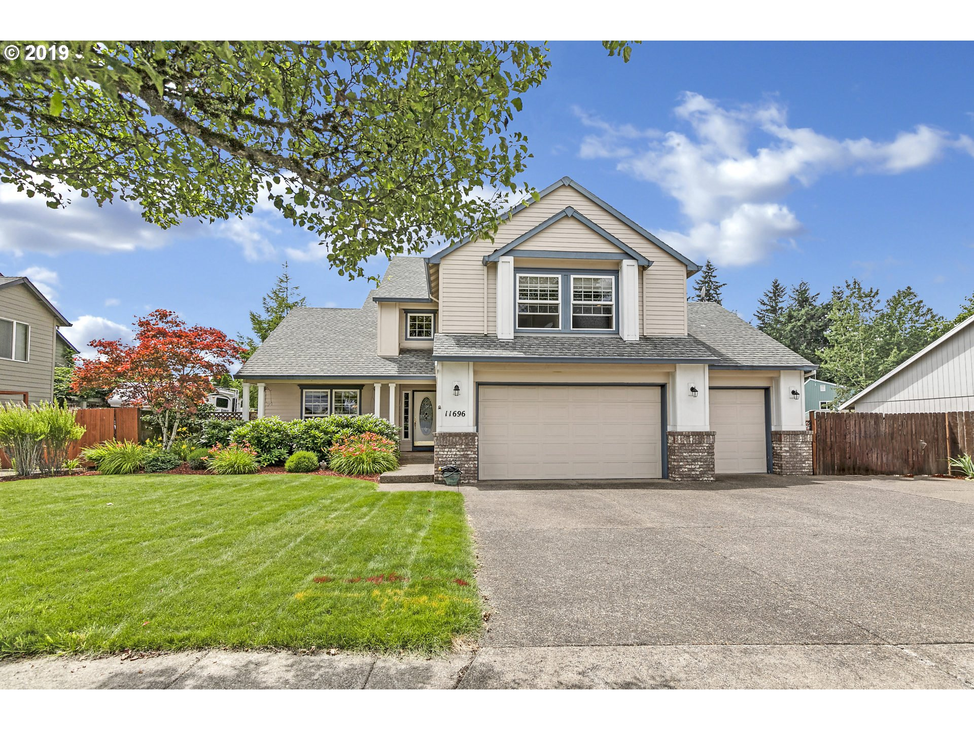 11696 SALMONBERRY DR, Oregon City OR 97045