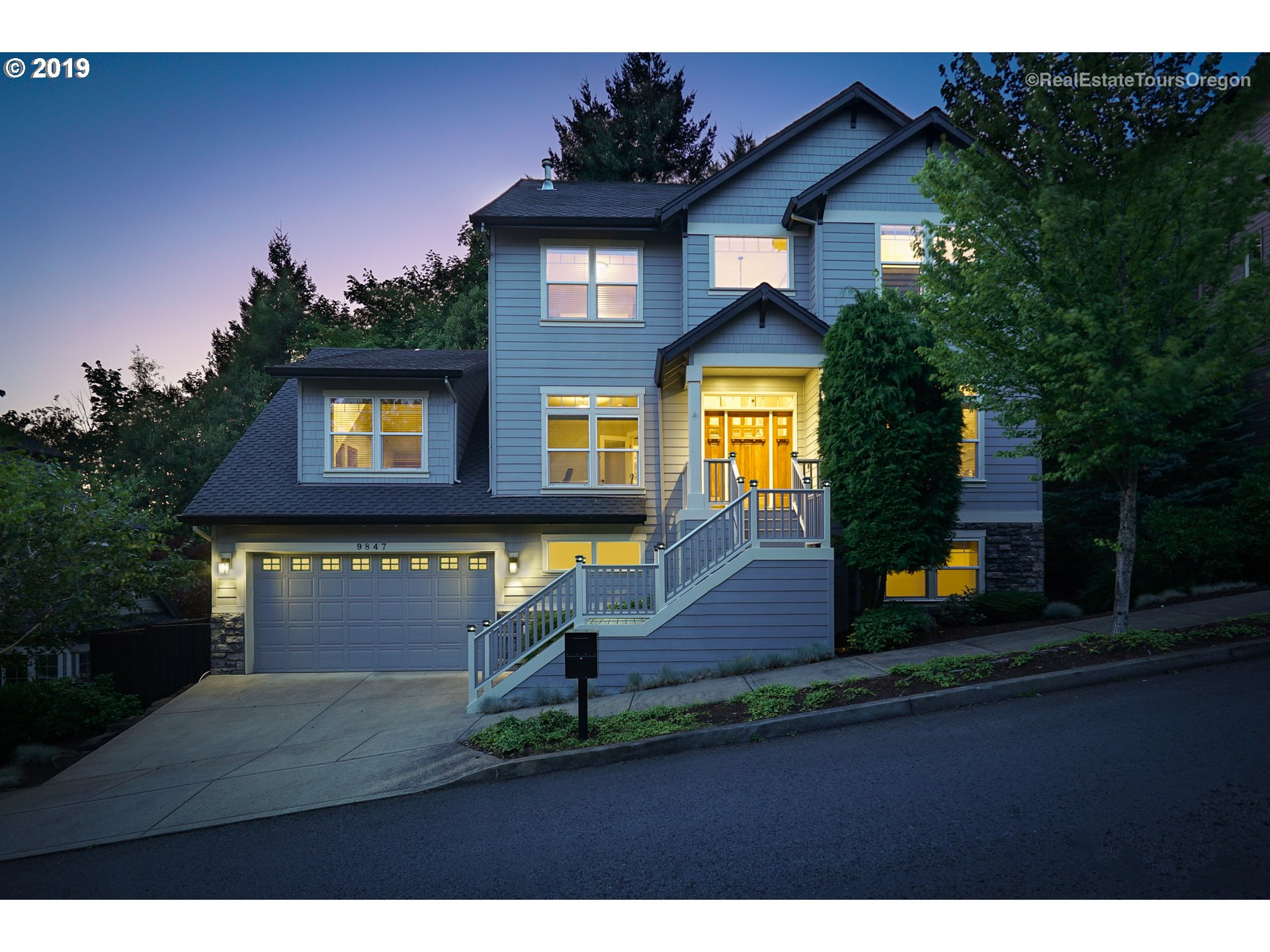 9847 NW SKYLINE HEIGHTS DR, Portland OR 97229