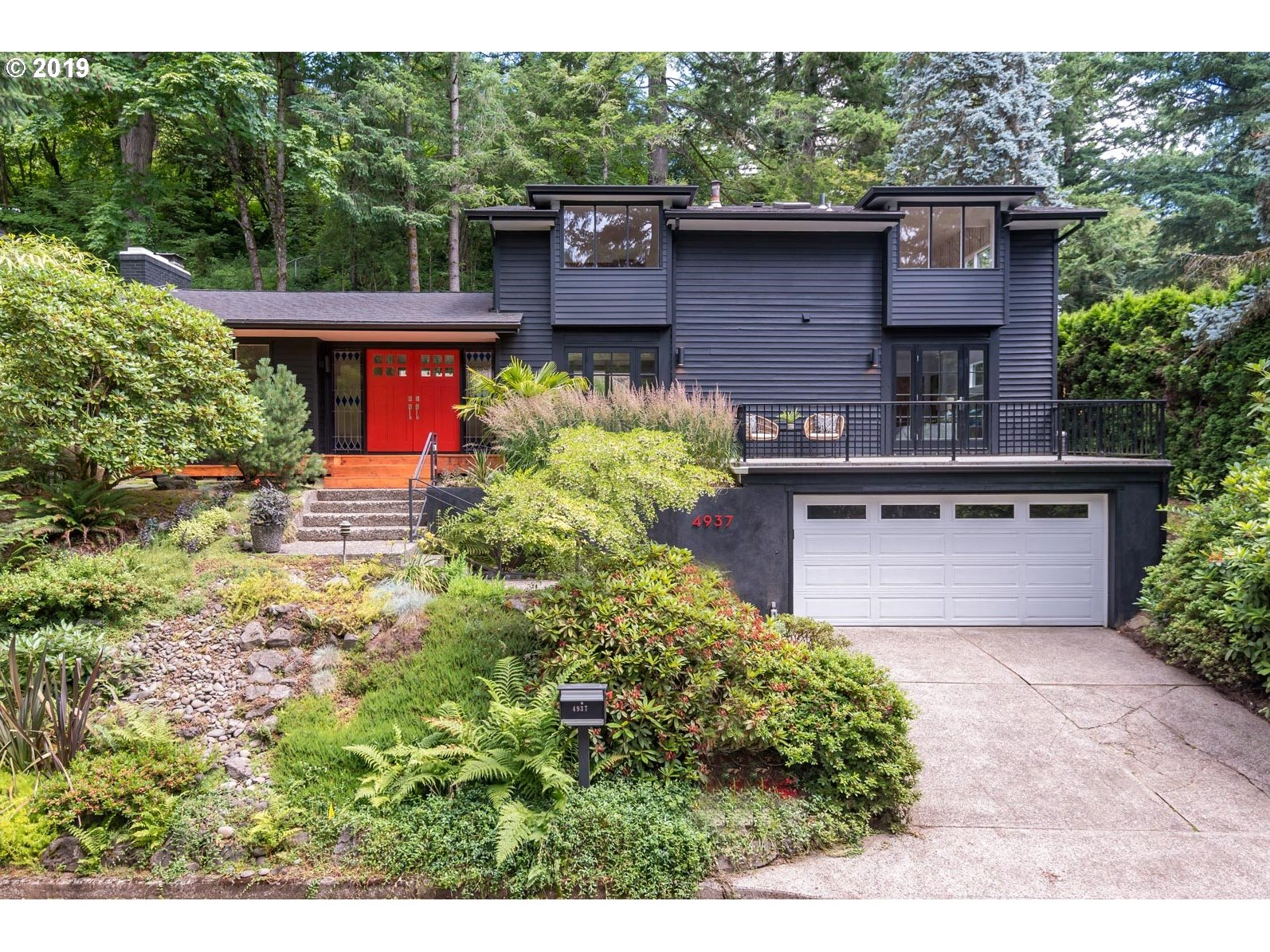 4937 SW FAIRHAVEN DR, Portland OR 97221