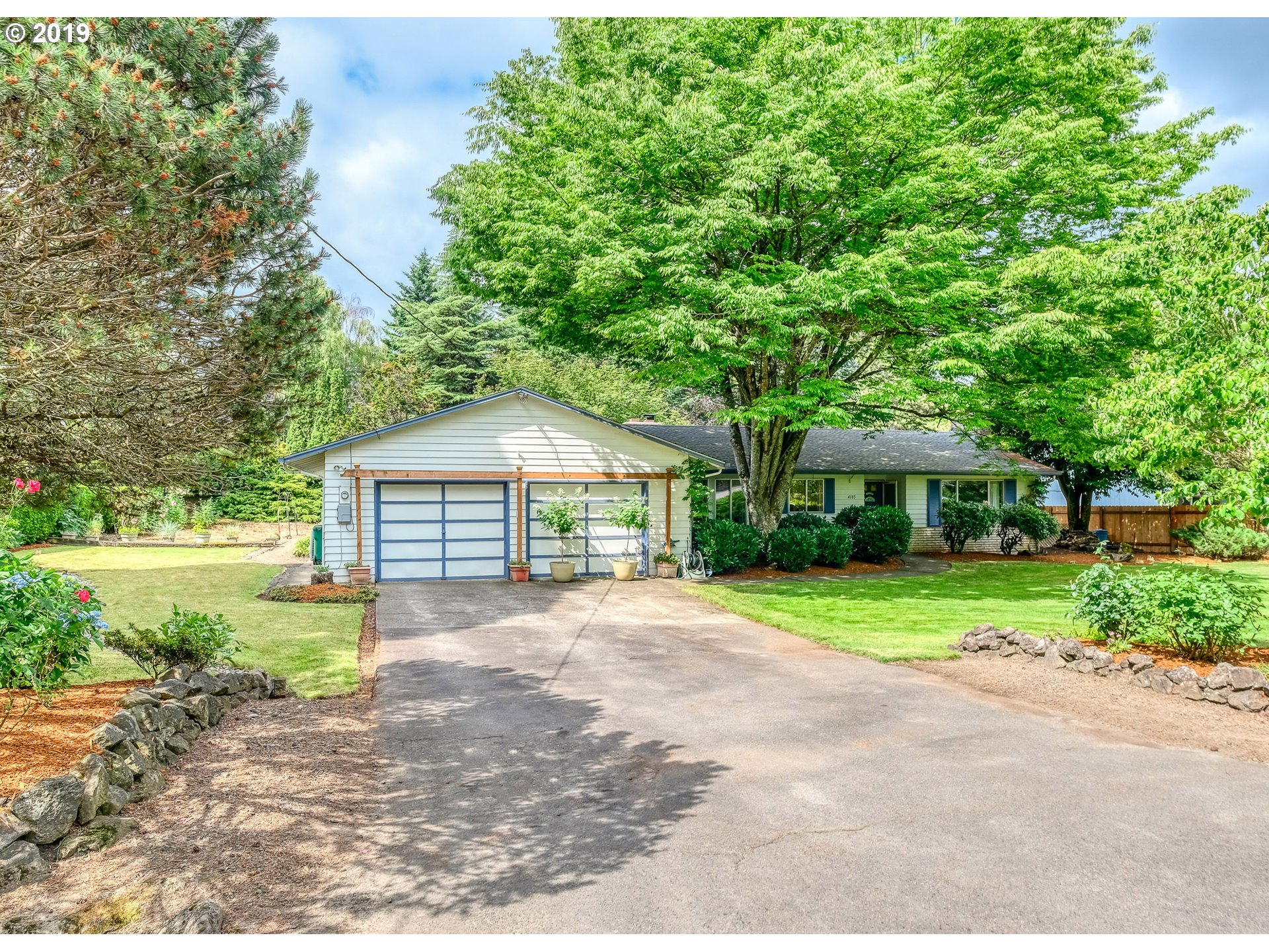 4185 SW 83rd AVE, Portland OR 97225