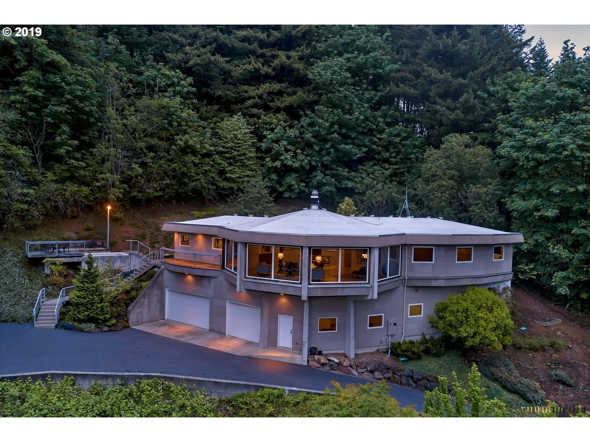 660 SW 83RD AVE, Portland OR 97225