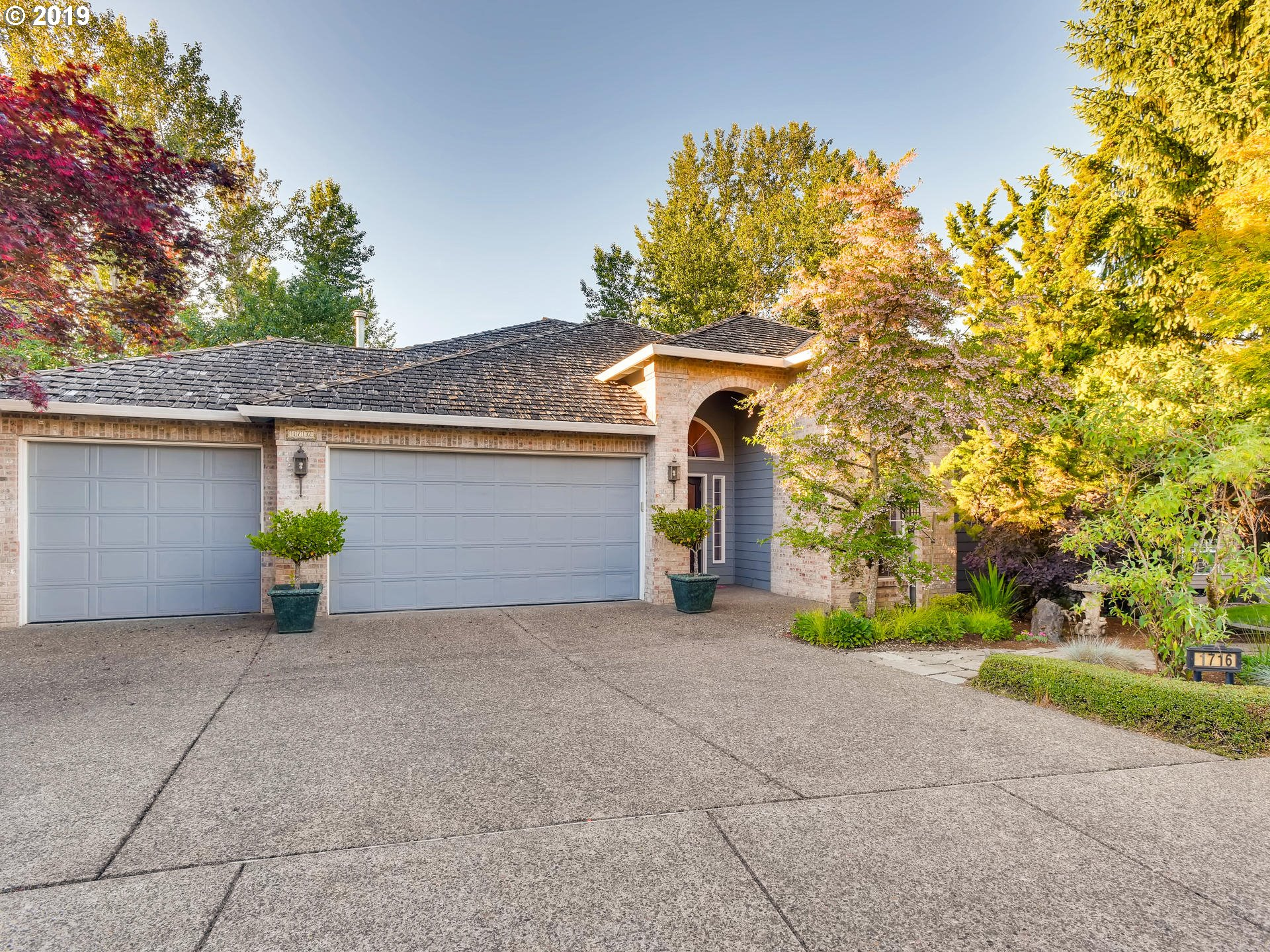 1716 NW MILL POND RD, Portland OR 97229