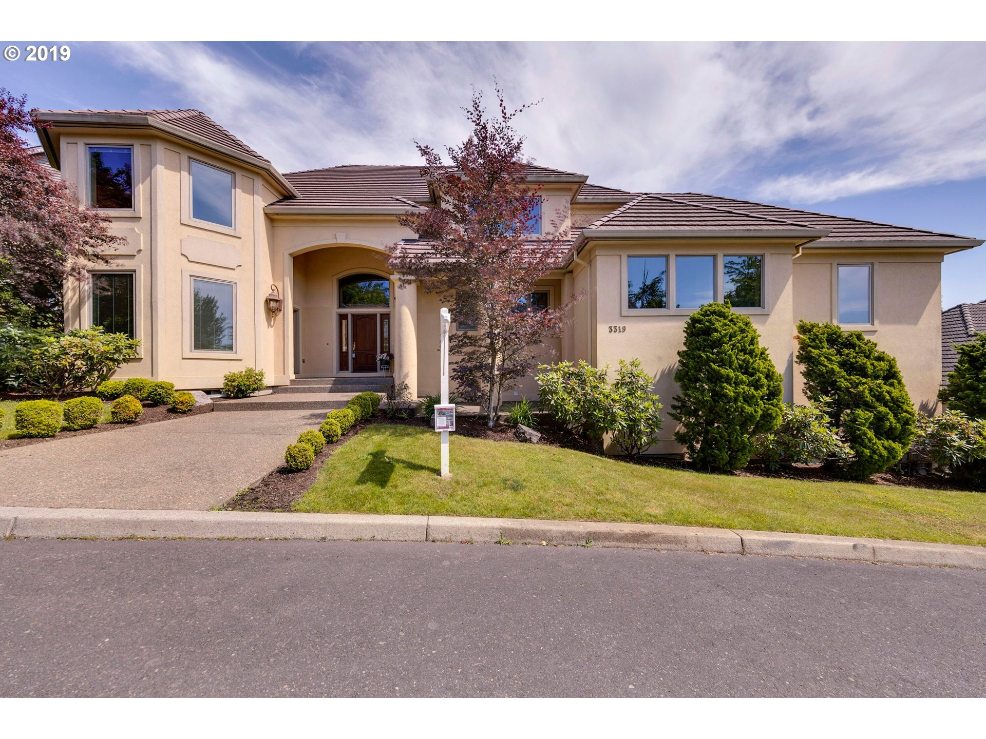 3319 NW SPENCER ST, Portland OR 97229