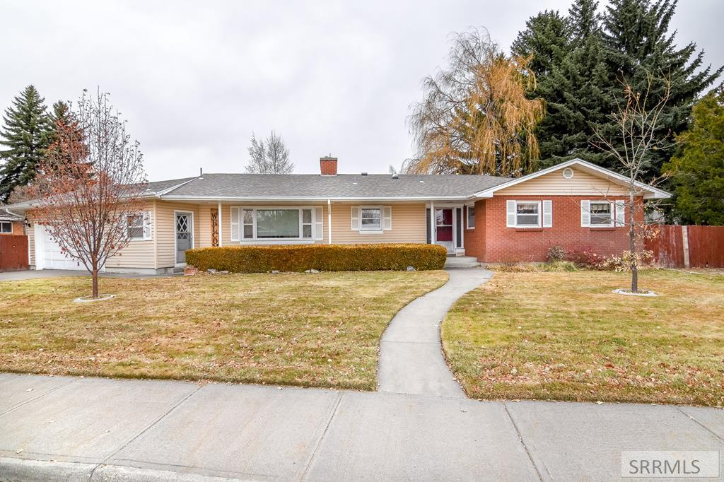 3455 S Handly Avenue, Idaho Falls ID 83404