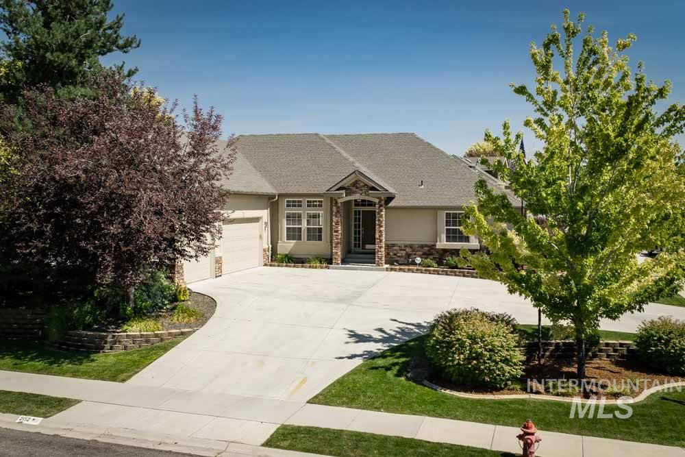 2152 S Bear Claw Way, Meridian ID 83642