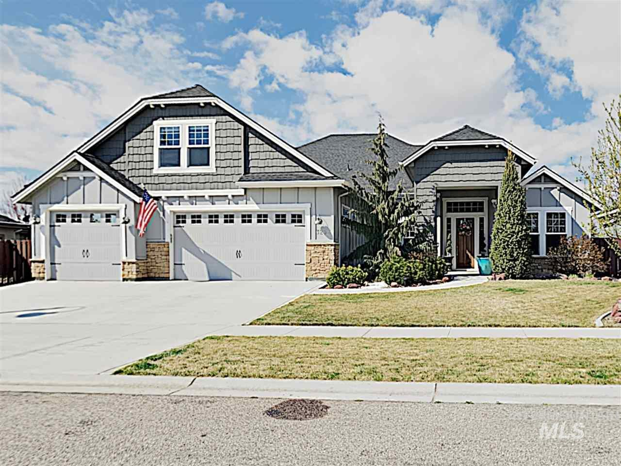 3253 S Fox Leash Ave, Eagle ID 83616