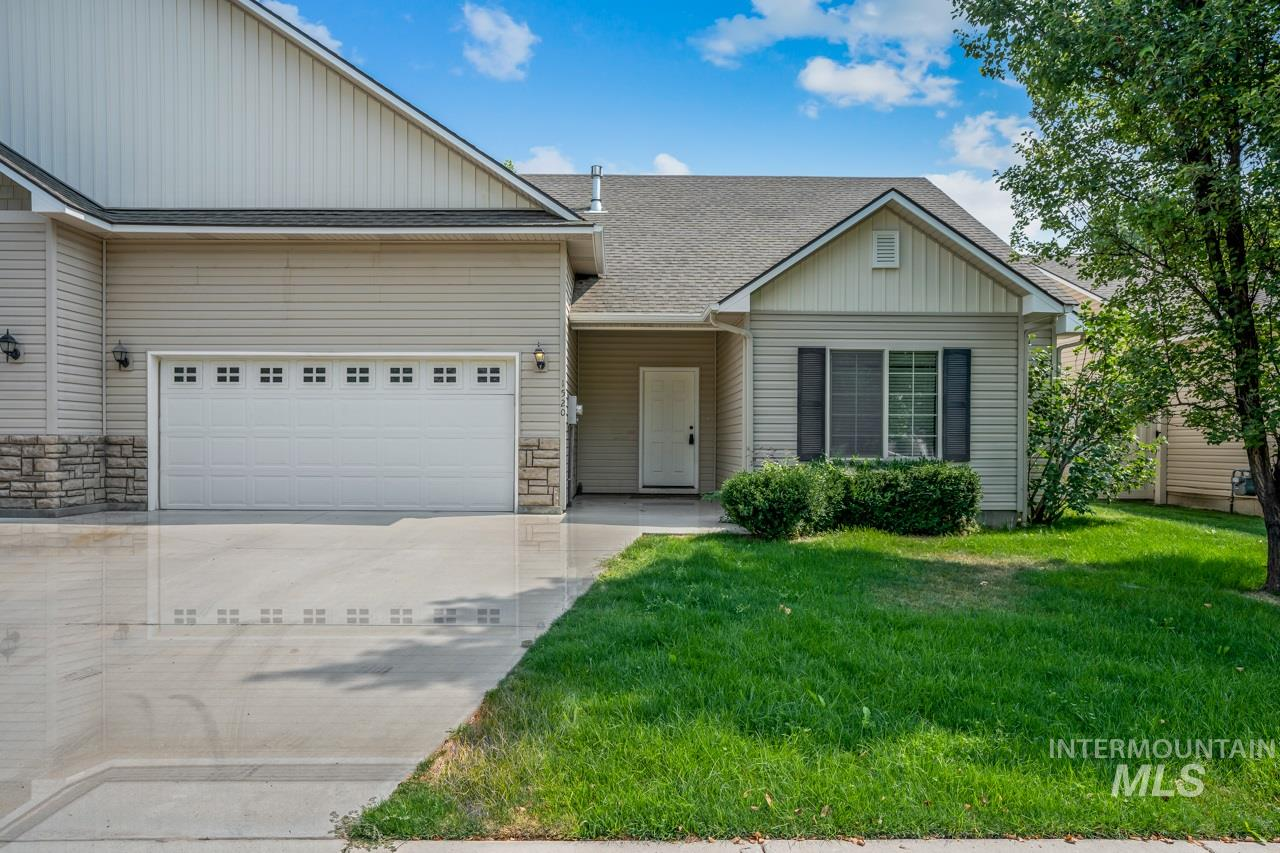 1520 N Wintertree, Meridian ID 83642