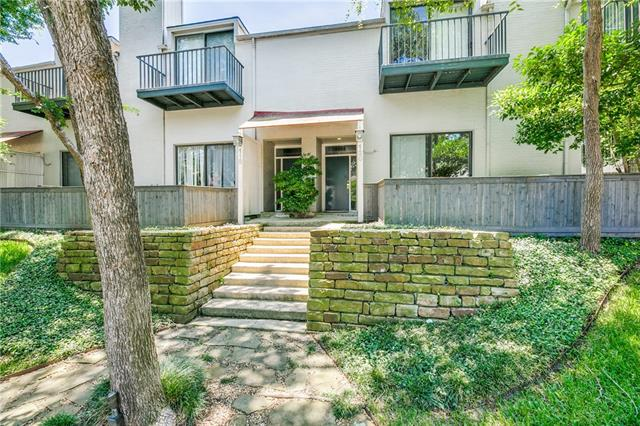 5990 Lindenshire Lane Unit 120, Dallas TX 75230