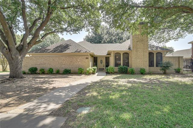 7103 Spruce Forest Court, Arlington TX 76001