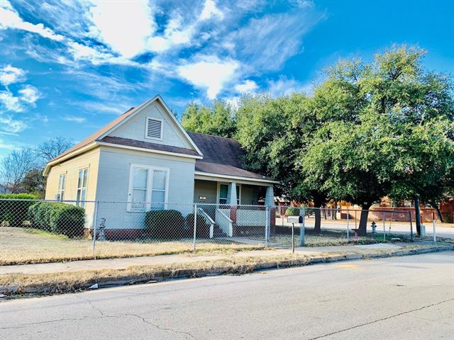 515 SW 8th Street, Mineral Wells TX 76067