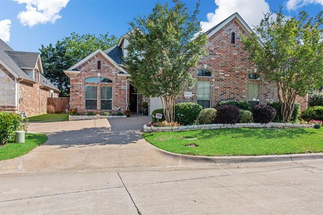 3802 Park Valley Court, Arlington TX 76017