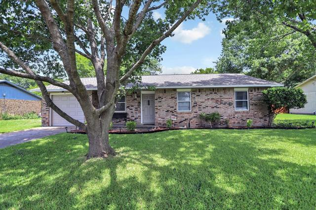 527 Pebble Road, Duncanville TX 75116