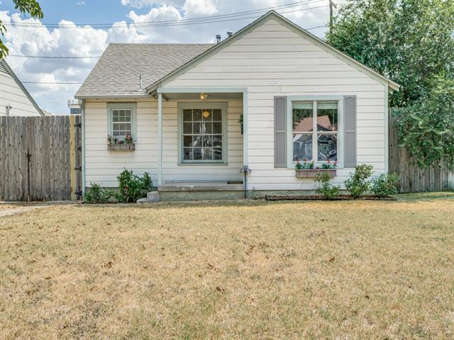 5621 Birchman Avenue, Fort Worth TX 76107