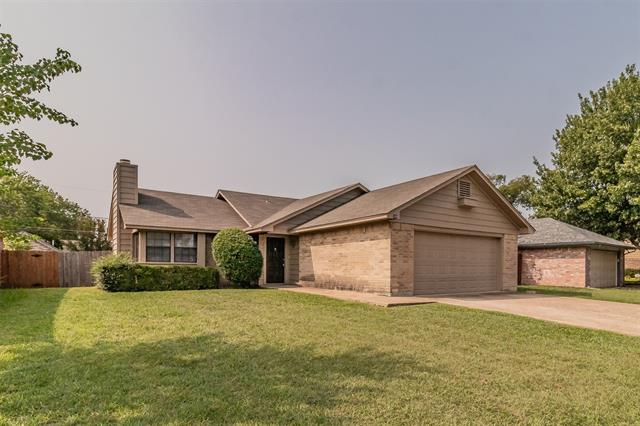 108 Valley Forge Lane, Arlington TX 76002