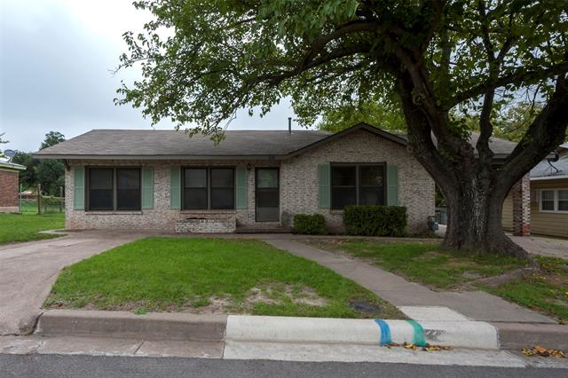 1212 Grace Street, Weatherford TX 76086