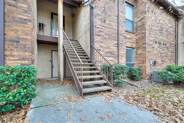 2014 Willoughby Lane Unit 4611, Arlington TX 76011