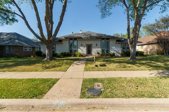 10111 Deermont Trail, Dallas TX 75243