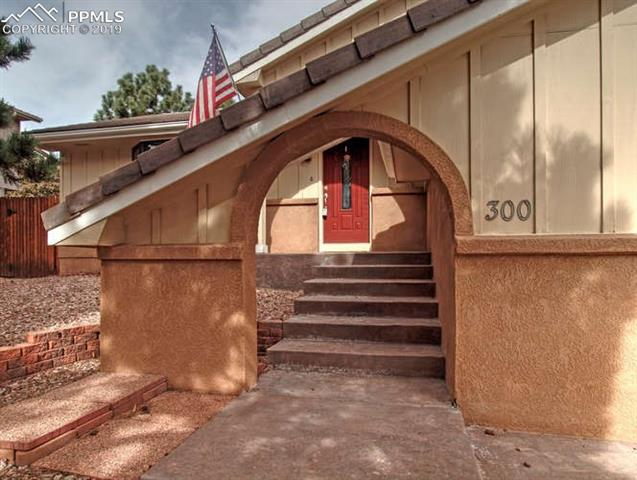 300 Raven Hills Road, Colorado Springs CO 80919